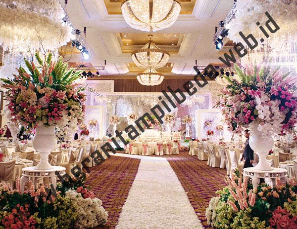 Ide Dekorasi Pernikahan yang Berbeda Layak Anda Coba