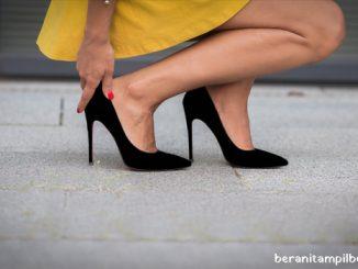 Ladies.. Jangan Gunakan High Heels Dengan Bawahan Ini