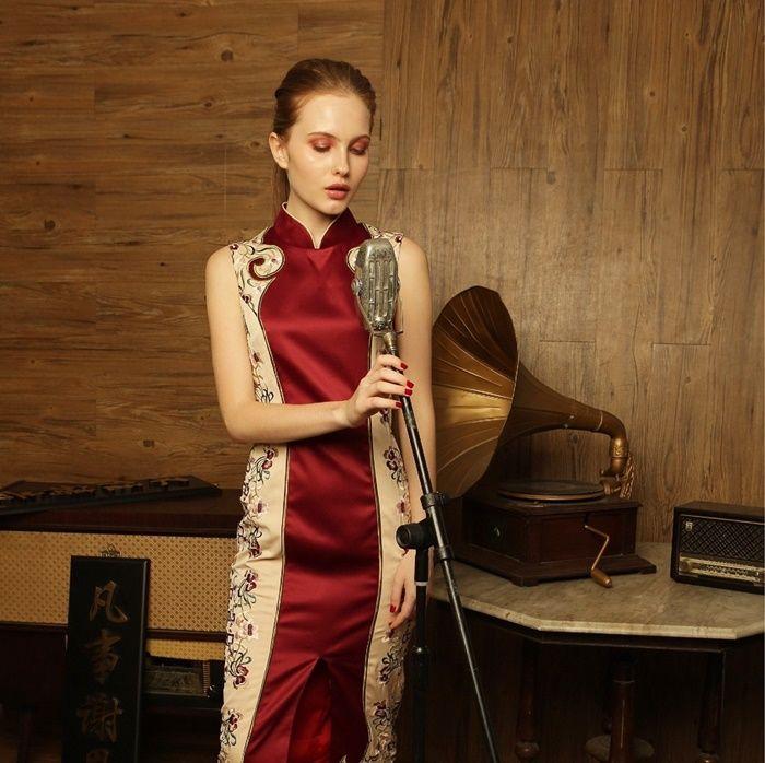 Tren Fashion Imlek 2019 dengan Cheongsam Modern by 'Sissae' Motif Print